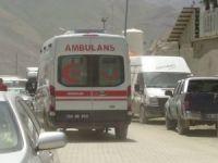 Zernek barajında trafik kazası 4 yaralı!