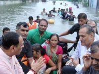 Hindistan'da sel: 120 ölü!