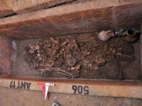 Balıkesir Edremit'te 2 bin 500 yıllık mezar açıldı