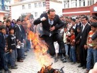 Şemdinli'de resmi Nevruz