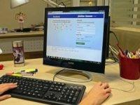 İnternet kullanan çocuklar riski altında