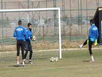 Yüksekova belediyespor Mardin 47spor'u 3-0 yendi
