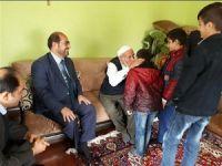 Kur'an kursu öğrencilerinden yaşlılara ziyaret!