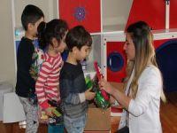 Erzincan'lı öğretmen ve öğrencilerden örnek davranış!
