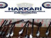 85 Av tüfeği, 4500 adet eczane ürünü ele geçirildi