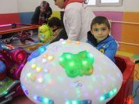 Türkiye'nin en büyük çocuk oyun merkezi Hakkari'de açıldı