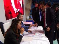 Metin Tekin Ak Parti il başkanı seçildi