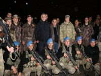 Vali Toprak güvenlik personelinin yeni yılını kutladı!