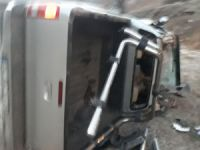 Çukurca yolunda trafik kazası: 2 yaralı!