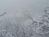 Hakkari'de kar yağışı ve sis etkili olmaya başladı