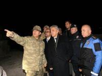 Vali Toprak'tan sınırdaki askerlere ziyaret