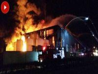 Parfüm fabrikasında büyük yangın
