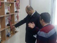 Vali Yardımcısı Abacı'dan engellilere ziyaret