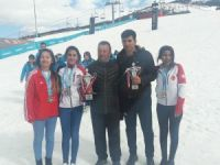 Kayak Türkiye şampiyonda Hakkari derece aldı