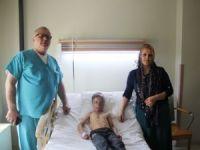 Yüzü yanan Yüksekova'lı çocuk ameliyat oldu!
