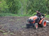 Üzümcü köyünde ekim telaşı başladı!