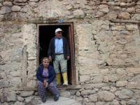Er ailesi barakada yaşam mücadelesi veriyor!