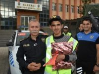 Hakkarili engellilerin polis sevgisi