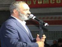 Hakkari'de Erzincanlı'nın konserine binler katıldı