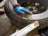 Aracın lastiklerinden 25,5 kilo eroin çıktı