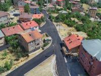 Hakkari'de asfalt çalışması havadan görüntülendi