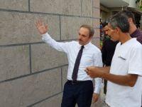 Hakkari'deki istinat duvarları güzelleşiyor