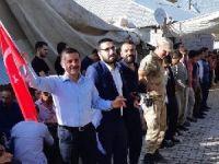 Türk bayraklı düğüne askerlerde katıldı