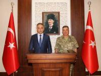 Tuğgeneral Alper'den vali Toprak'a ziyaret