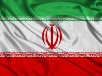 İran'da askeri geçit töreninde silahlı saldırı