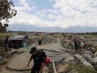 Felaketin bilançosu artıyor: 2 bin 202 ölü