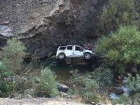 Hakkari'de trafik kazası 2 ölü, 4 yaralı