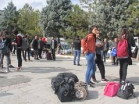 Hakkari'de 150 öğrenci Çanakkale gezisine uğurlandı