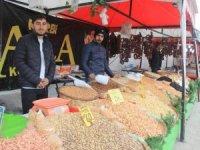 Hakkari'de yöresel ürün fuarı açıldı