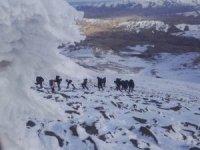 3 bin 684 rakımlı dağda kurtarma operasyonu