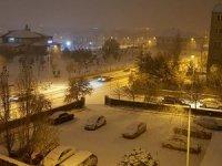Erzurum'da yoğun kar yağışı!