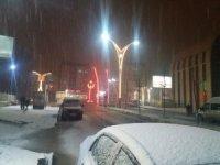 Hakkari'de kar esareti başladı