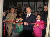 Çanakkale müze sergisi Hakkari'de açıldı