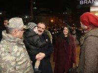 Vali Akbıyık, Yüksekova esnafını ziyaret etti