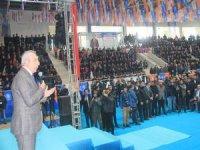 Ak Parti aday tanıtım toplantısına 5 bin kişi katıldı