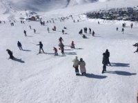 Kayak merkezi hafta içi de hizmet vermeye başladı