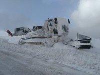 Kayak merkezinde mahsur kalan 200 kişi kurtarıldı