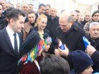 Bakan Soylu, yüzlerce kişi tarafından karşılandı