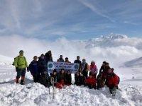 CİSAD sporcuları kış doğa yürüyüşünde