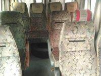 15 kişilik minibüste 38 kaçak şahıs, 11 kilo esrar çıktı