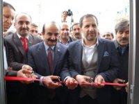 Derecik'te Ak Parti seçim bürosu açıldı