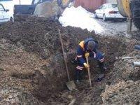 Belediye ekipleri su arızaları ile mücadele ediyor