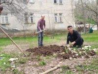 Çukurca'da tarlalar ekilmeye başlandı