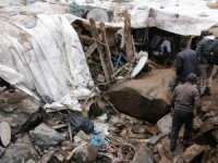 Taşbaşı köyüne taş yağdı; 5 ev hasar gördü