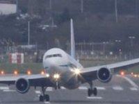 Yüksekova'da uçak seferli karşılıklı iptal edildi