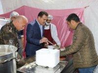 Vali Akbıyık, vatandaşlarla beraber iftarını açtı